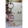 Kép 2/2 - Leszel a koszorúslányom kulcstartó fülbevaló szett kísérőkártyával