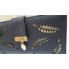 Kép 2/5 - Levél mintás nagy méretű női pénztárca fekete