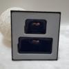 Kép 2/7 - Lakk sötétkék 2 db-os pénztárca ajándékszett díszdobozban