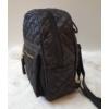 Kép 3/6 - Pufis varrott rombusz mintás hátitáska bojt dísszel fekete