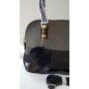 Kép 2/5 - Merev falú elegáns női válltáska pom pom dísszel