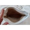 Kép 5/5 - Csipke virág mintás oldaltáska bojt dísszel fehér