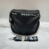 Kép 1/5 - Keresztpántos női táska felirattal fekete