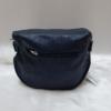 Kép 4/5 - Keresztpántos női táska felirattal sötétkék