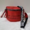 Kép 1/5 - Keresztpántos női táska felirattal piros