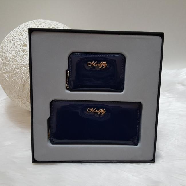Lakk sötétkék 2 db-os pénztárca ajándékszett díszdobozban
