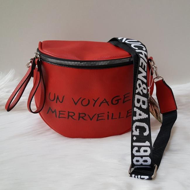 Keresztpántos női táska felirattal piros